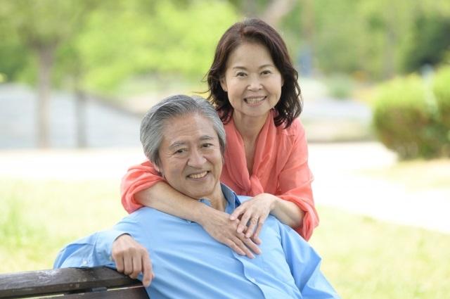健康な老夫婦